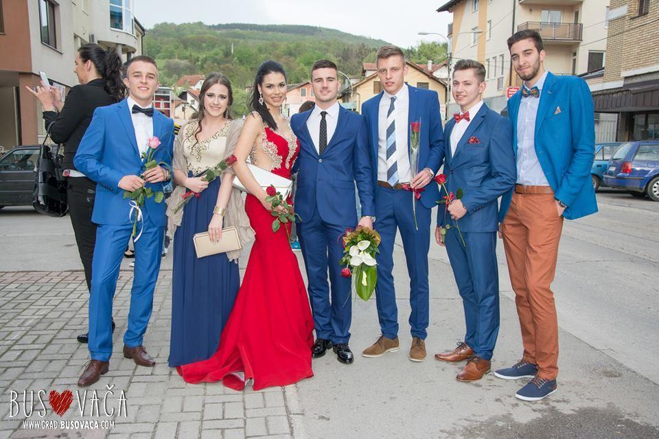 Foto Video Defile Maturanata Srednjih Skola Kiseljak I Fojnica