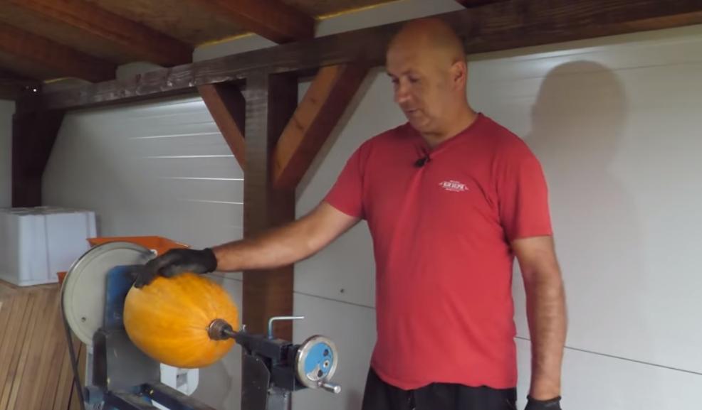 VITEZ: Prvi proizvođači brašna od tikve u BiH (VIDEO) | Grad Busovača